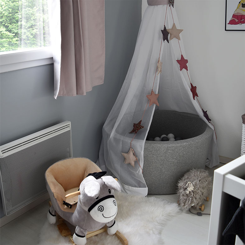 chambre-bebe-rose-poudré
